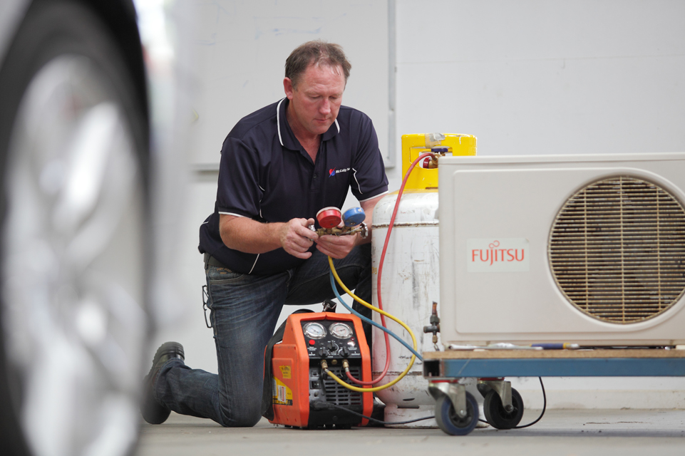 Reclaim gas from unit air conditioning
